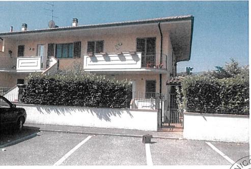 Carmignano (PO) Via Catro   53L int.2
