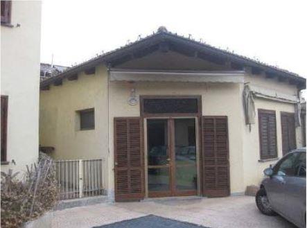 Grugliasco (TO) Via  Cotta  15