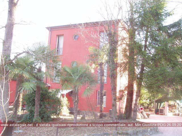 Lipomo (CO) Frazione Ca' Franca - Via Fornace 15
