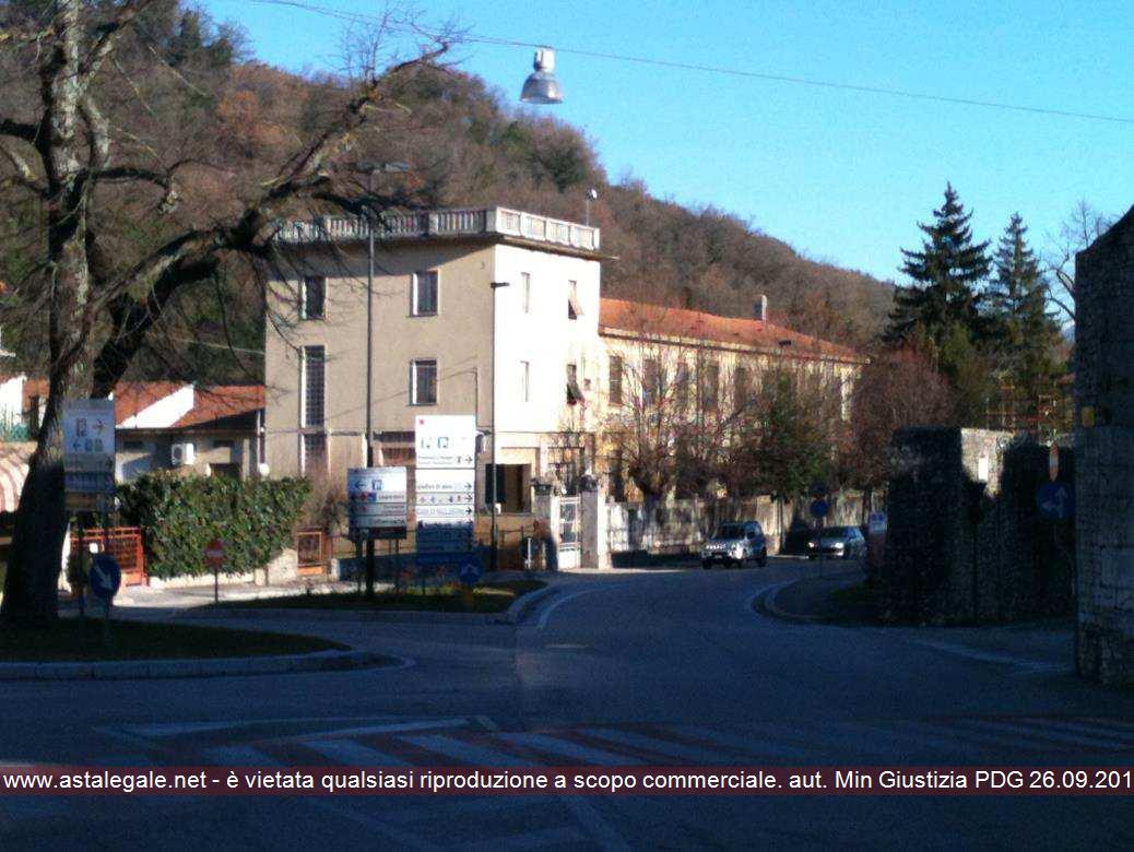 Spoleto (PG) Via MARTIRI DELLA RESISTENZA 61