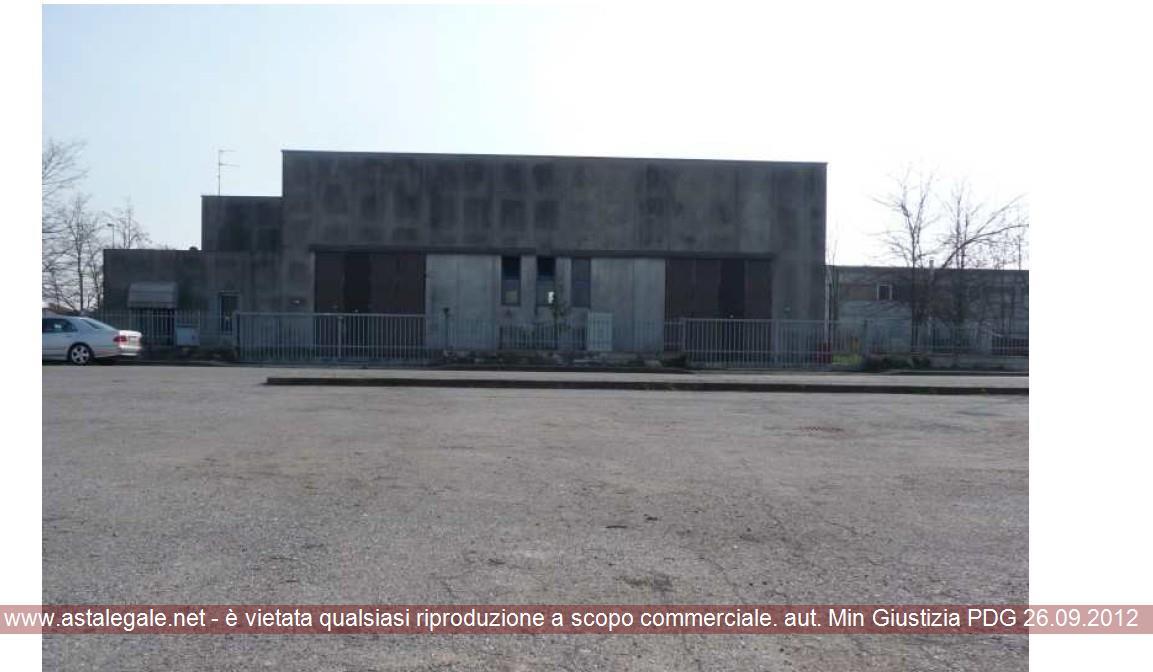 Canneto Sull'oglio (MN) Via delle Industrie 17-19