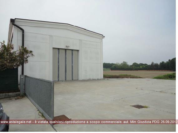 Viadana (MN) Localita' Cicognara, Via Grazia Deledda n. 55