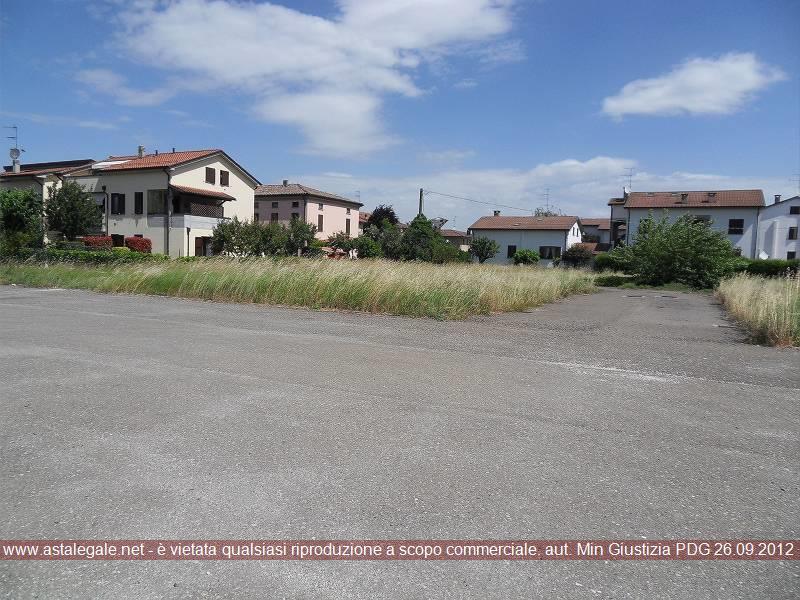 Noceto (PR) Frazione Pontetaro, con accesso da Via Mirti