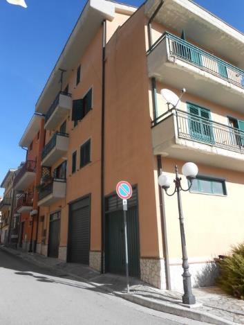 San Mango Sul Calore (AV) Via Roma
