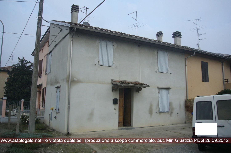 Sissa Trecasali (PR) Frazione Coltaro, Via Roma