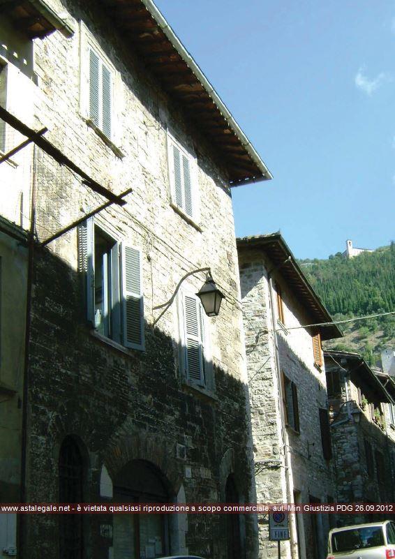 Gubbio (PG) Via Saffi 9