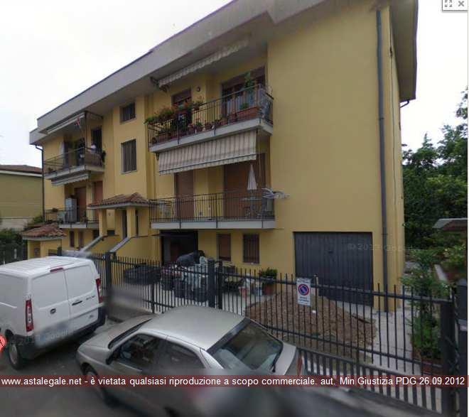 Nova Milanese (MB) Via Adige 12