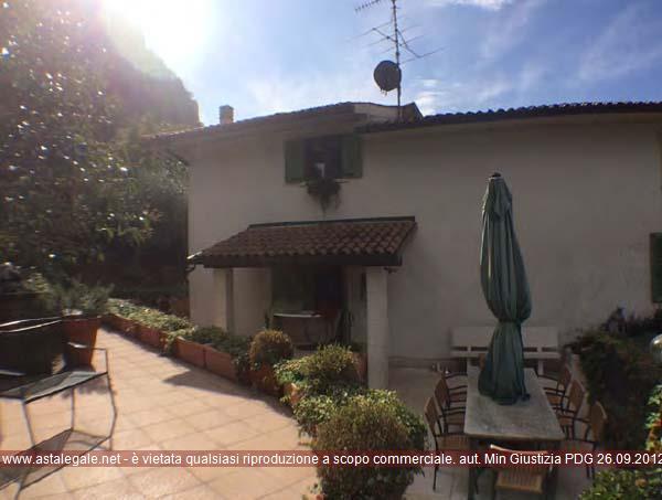 Dolce' (VR) Frazione Volargne, Via Menego  478