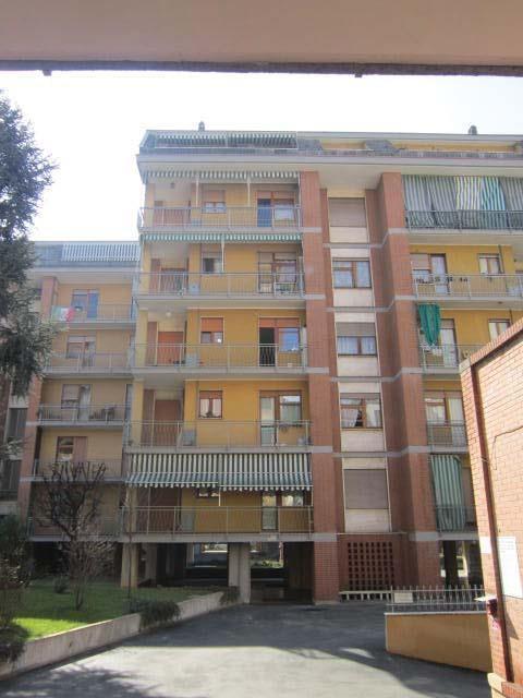 Torino (TO) Via FILADELFIA 51