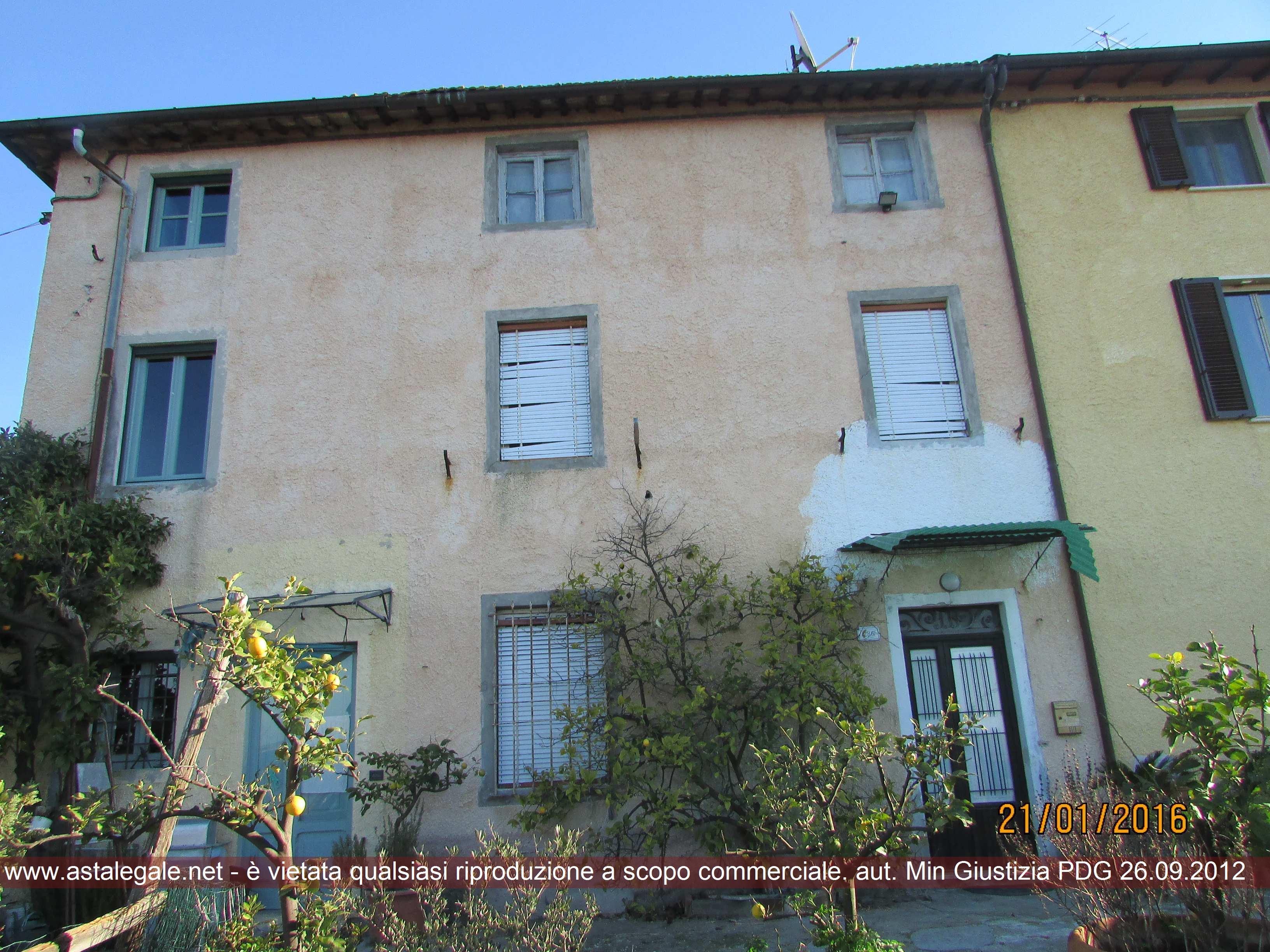 Massarosa (LU) Frazione Massaciuccoli - Località al Sasso - Via del Sasso  236/C