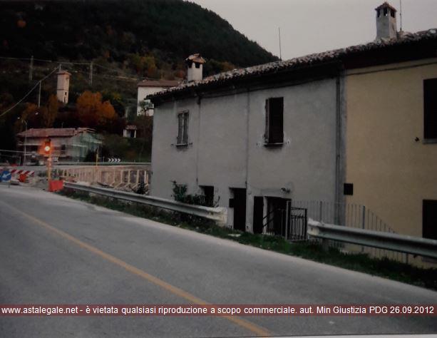 Costacciaro (PG) Via Flaminia 13 - Fraz. Villa Col de Canali