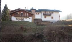 Tonadico (TN) Val Canali - Località Piereni