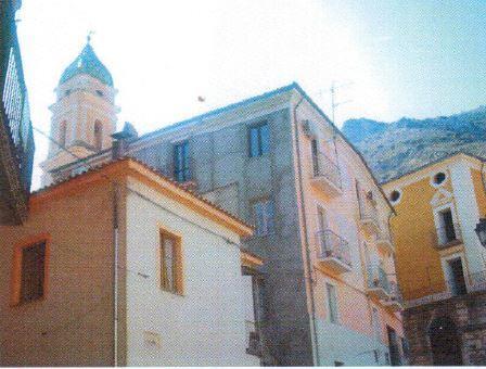 Venafro (IS) Via Cosmo De Utris n. 22 - 24