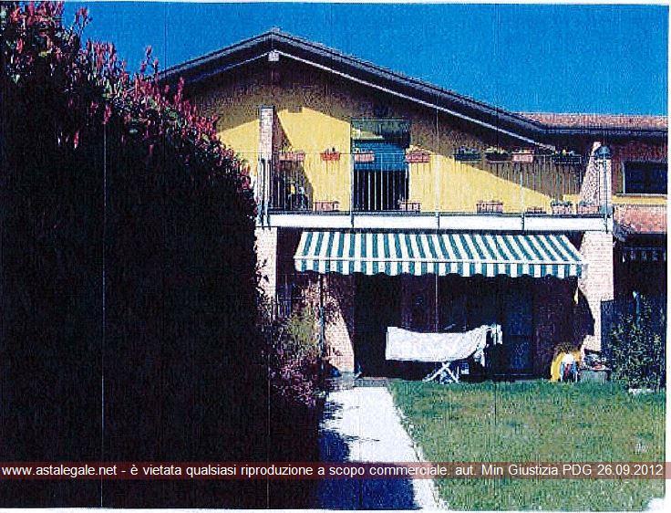 Fino Mornasco (CO) Via Calabria 24