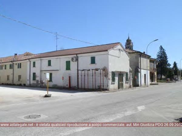 Gazzo Veronese (VR) Frazione San Pietro in Valle, P.zza San Pietro in Valle  19