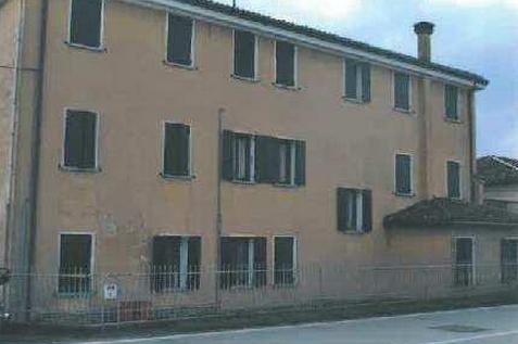Piombino Dese (PD) Localita' Torreselle, via Piave 54/B