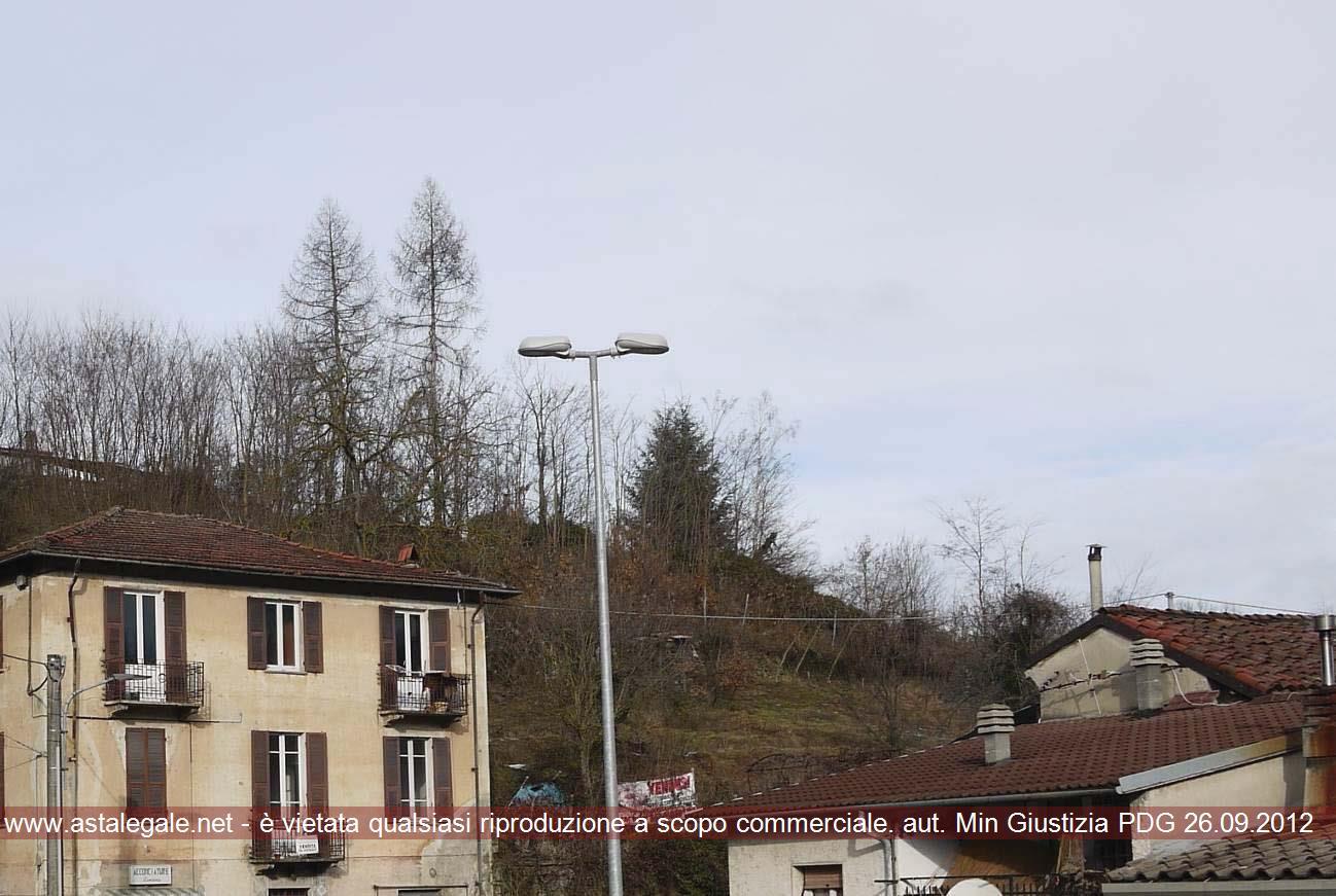 Roccavignale (SV) Frazione Valzemola - adiacente a Via Roma 38