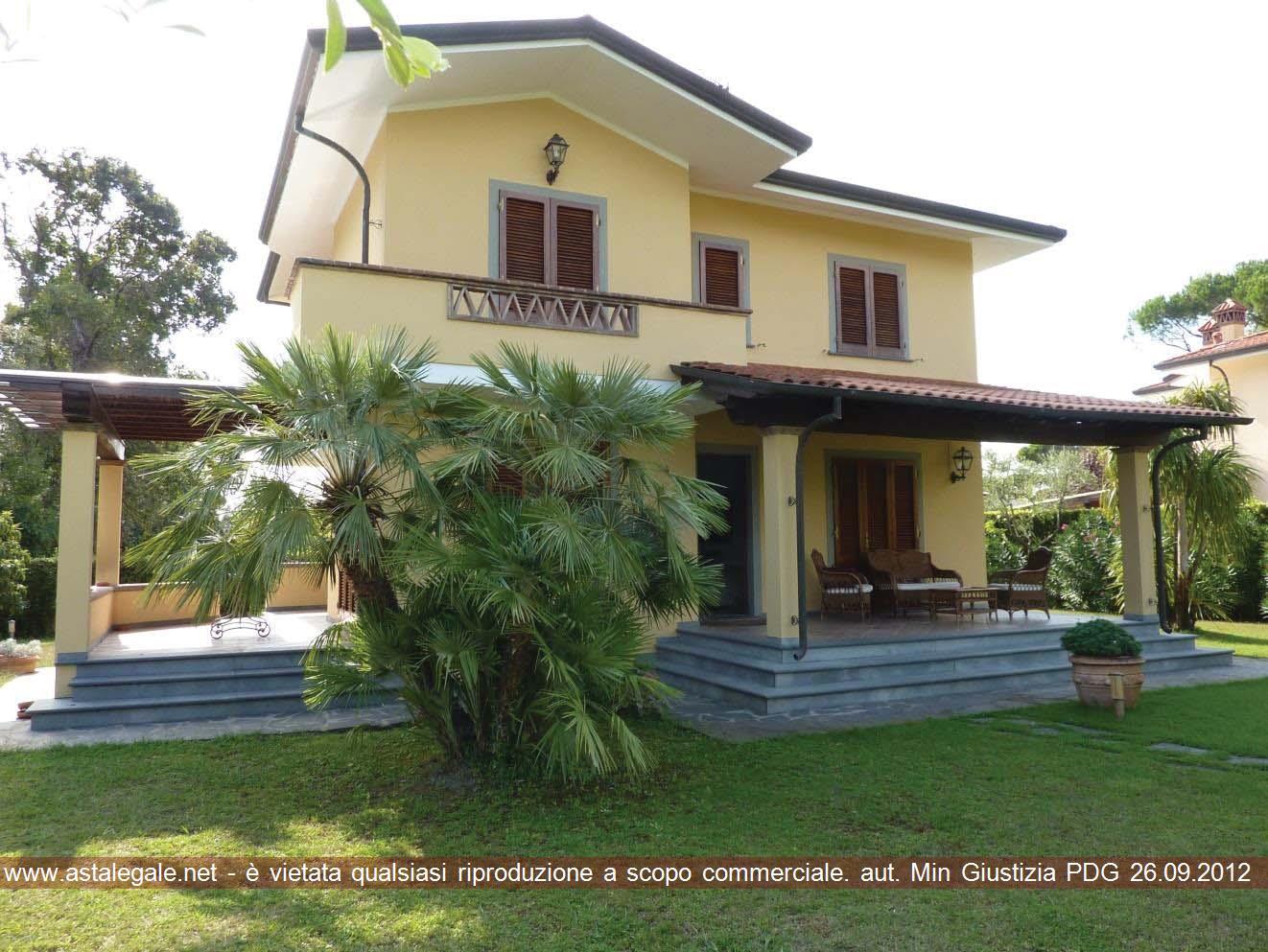 Pietrasanta (LU) Frazione Tofano, via monte Corchia 4/6