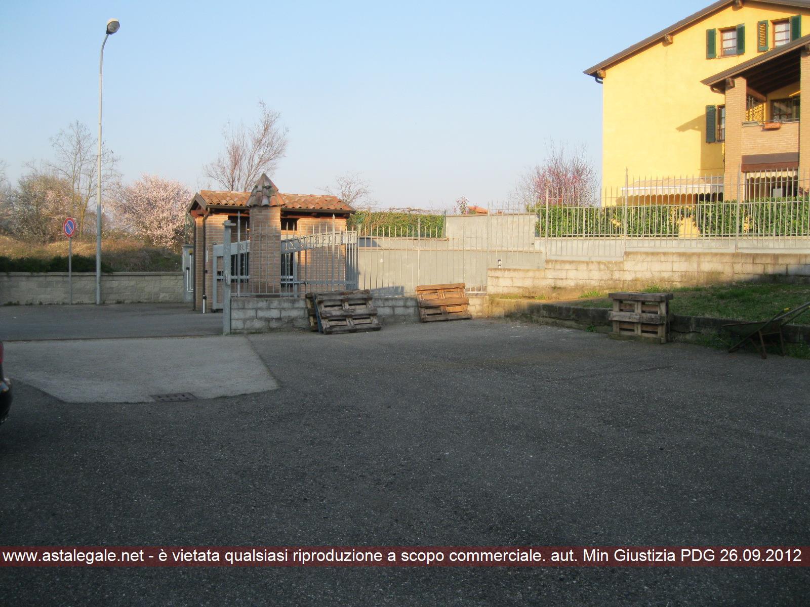 Piacenza (PC) Strada Agazzana, 40 - località Duemiglia