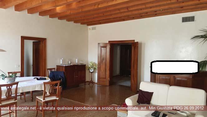 Vicenza (VI) Contrà Porta S.Croce  19