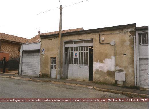 Grugliasco (TO) Via MACEDONIA  28