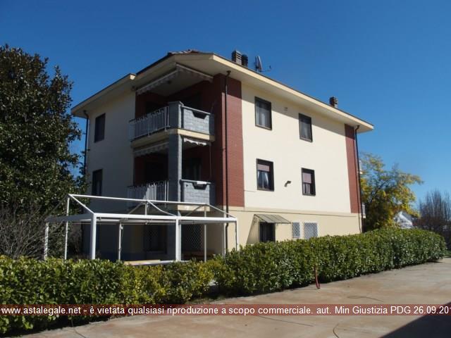 Rocca Canavese (TO) Strada Barbania, 135 (accesso abitazione) e strada Barbania 136 (accesso capannone)