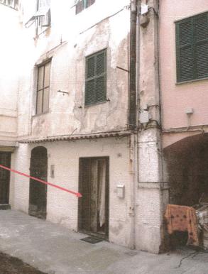 Sanremo (IM) accesso da Via Montà 11