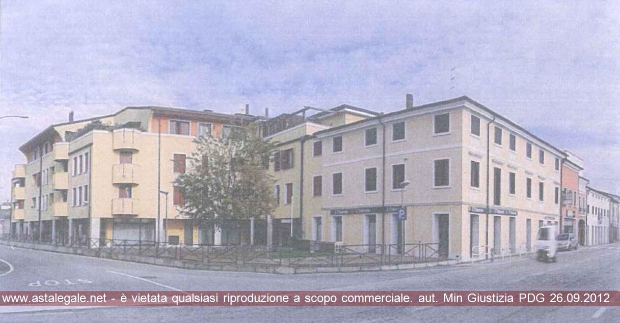 Fontaniva (PD) Piazzetta Arma di Cavalleria 3
