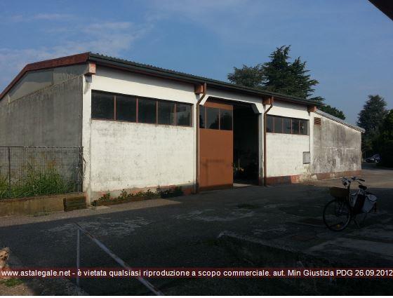 Capergnanica (CR) Via Robati 54/56