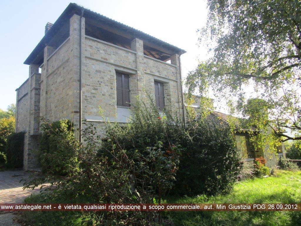 Langhirano (PR) Localita' Casalecchio, strada per Corniglio, 4