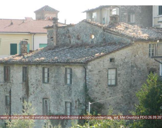Coreglia Antelminelli (LU) Via Roma 21