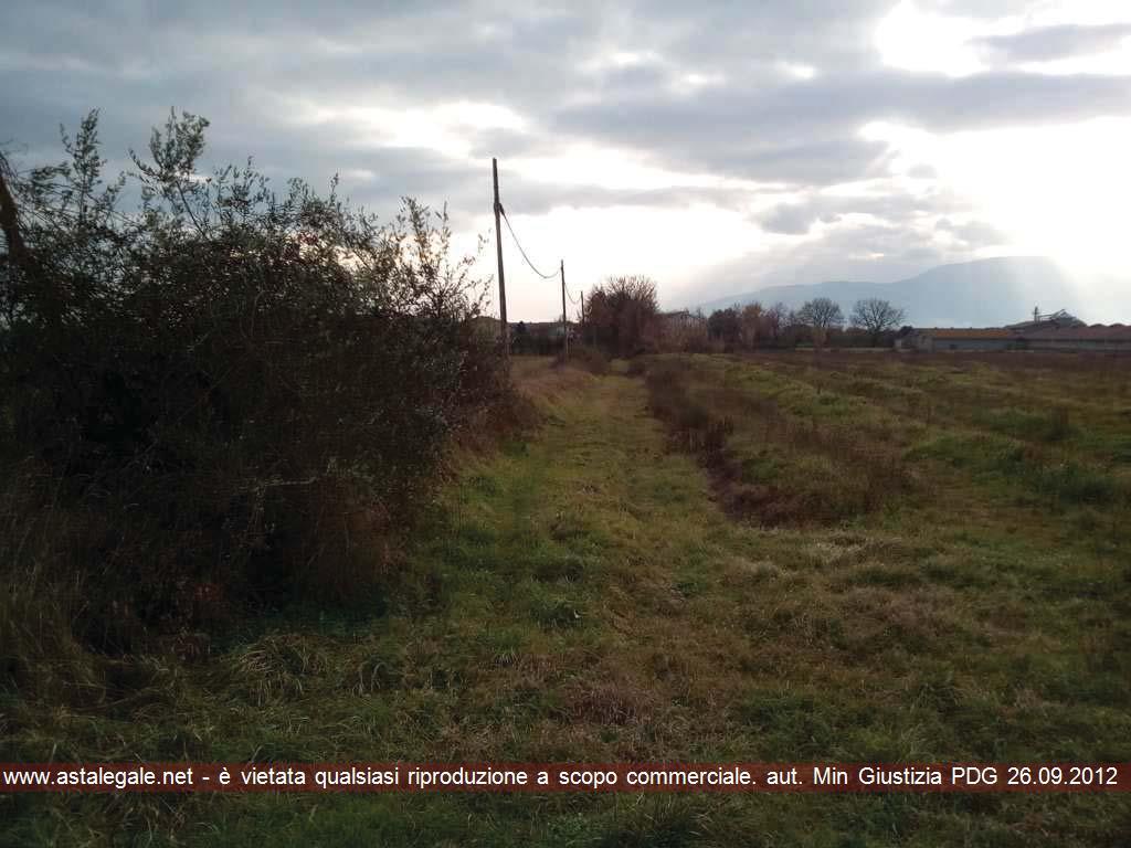 Montecarlo (LU) Frazione Gossi - Strada Vicinale del Casone.