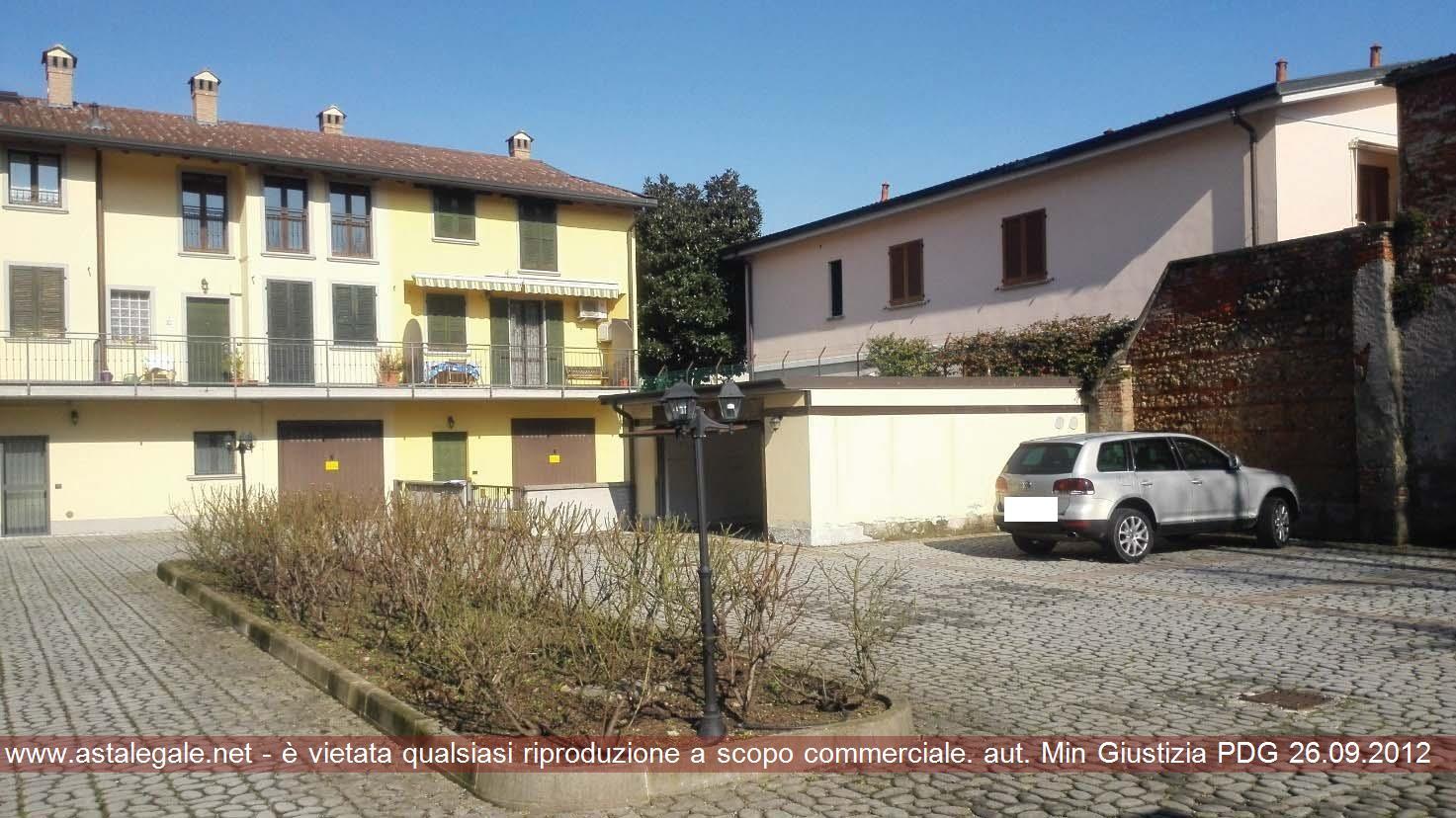 Pozzuolo Martesana (MI) Via Martiri Libertà/ Via Valsecchi Giovanni 65/9