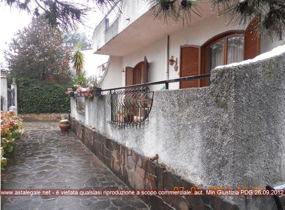 Castrovillari (CS) Via Albanesi  25