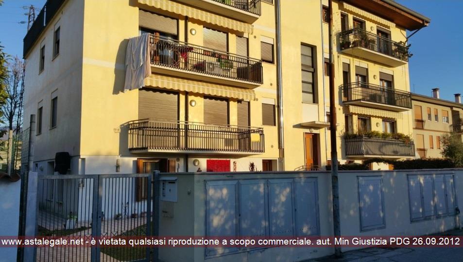 Bassano Del Grappa (VI) Via Fogazzaro  19 int 6