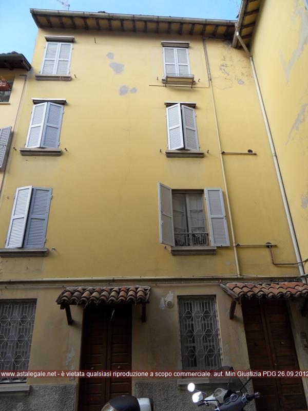 Parma (PR) Strada Nino Bixio 30