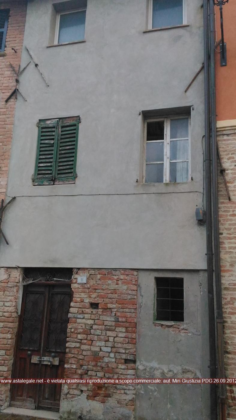 Mondolfo (PU) Piazza Don Minzoni 11 e Corso della Libertà  5