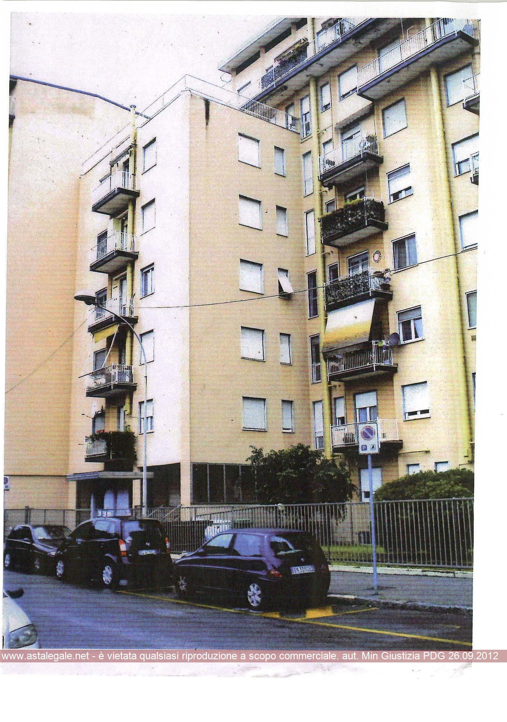 Cologno Monzese (MI) Frazione San Maurizio Al Lambro - Via Maroncelli 11