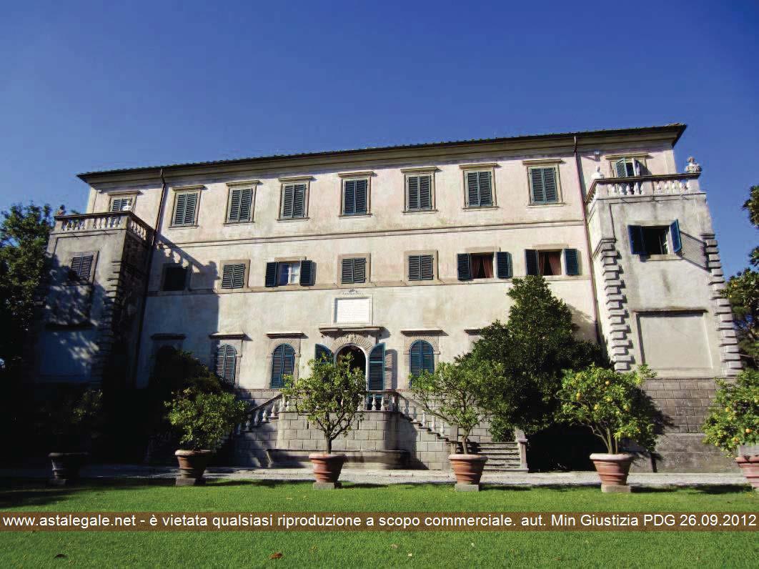 Capannori (LU) Localita' Gragnano - Via comunale per Gragnano