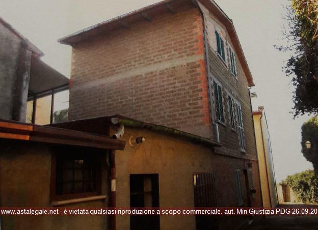 Deruta (PG) Frazione Castelleone - Via del Castello