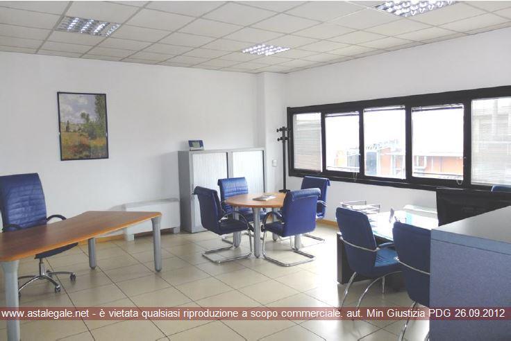 """Settimo Torinese (TO) Via PIETRO NENNI, 21 - nella zona industriale denominata """"Cebrosa 90"""" 21"""