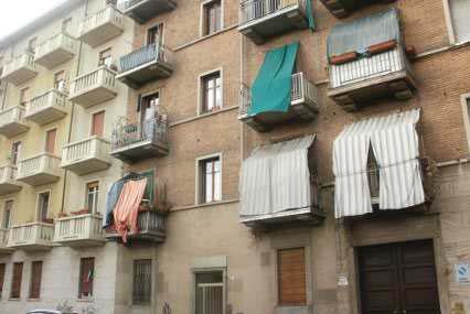 Torino (TO) Via CAPUA 54