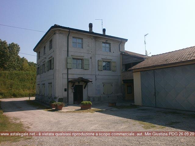 Sissa Trecasali (PR) Frazione Torricella, Via Po 75