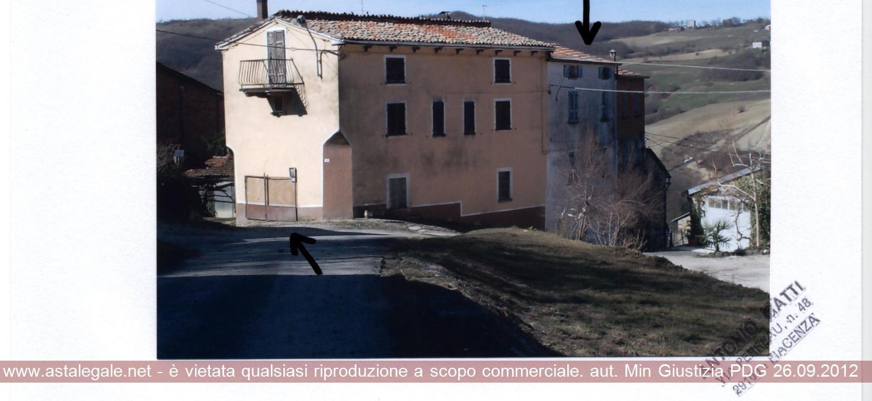 Gropparello (PC) Localita' Case Bassano di Groppo Visdomo 9