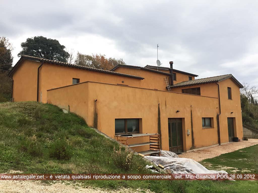 Montalcino (SI) Frazione S. Giovanni d'Asso, podere S. Agostino 4
