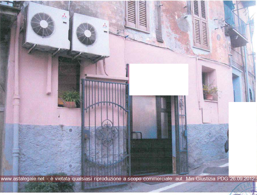 Canepina (VT) Via Roma 40