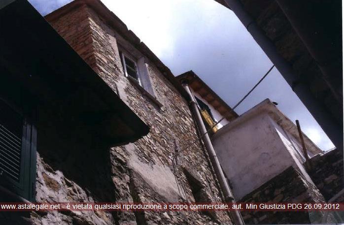 Chiusanico (IM) Frazione Gazzelli - Via Regina Elena 5