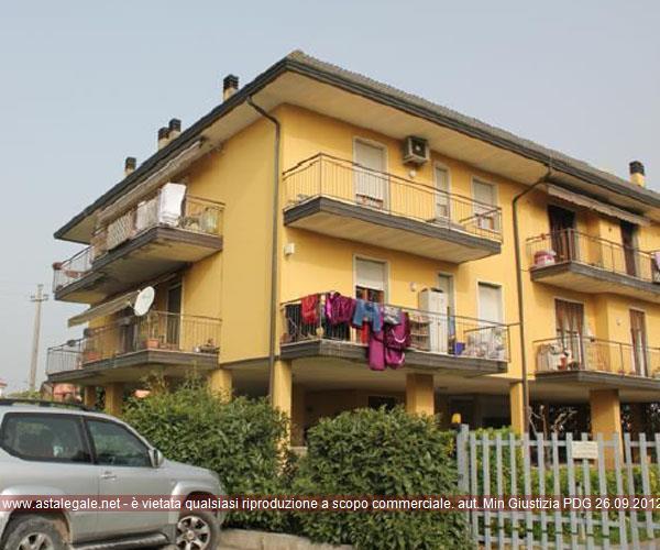 Ronco All'adige (VR) Frazione Tombasozana - Piazza IV Novembre 5/A