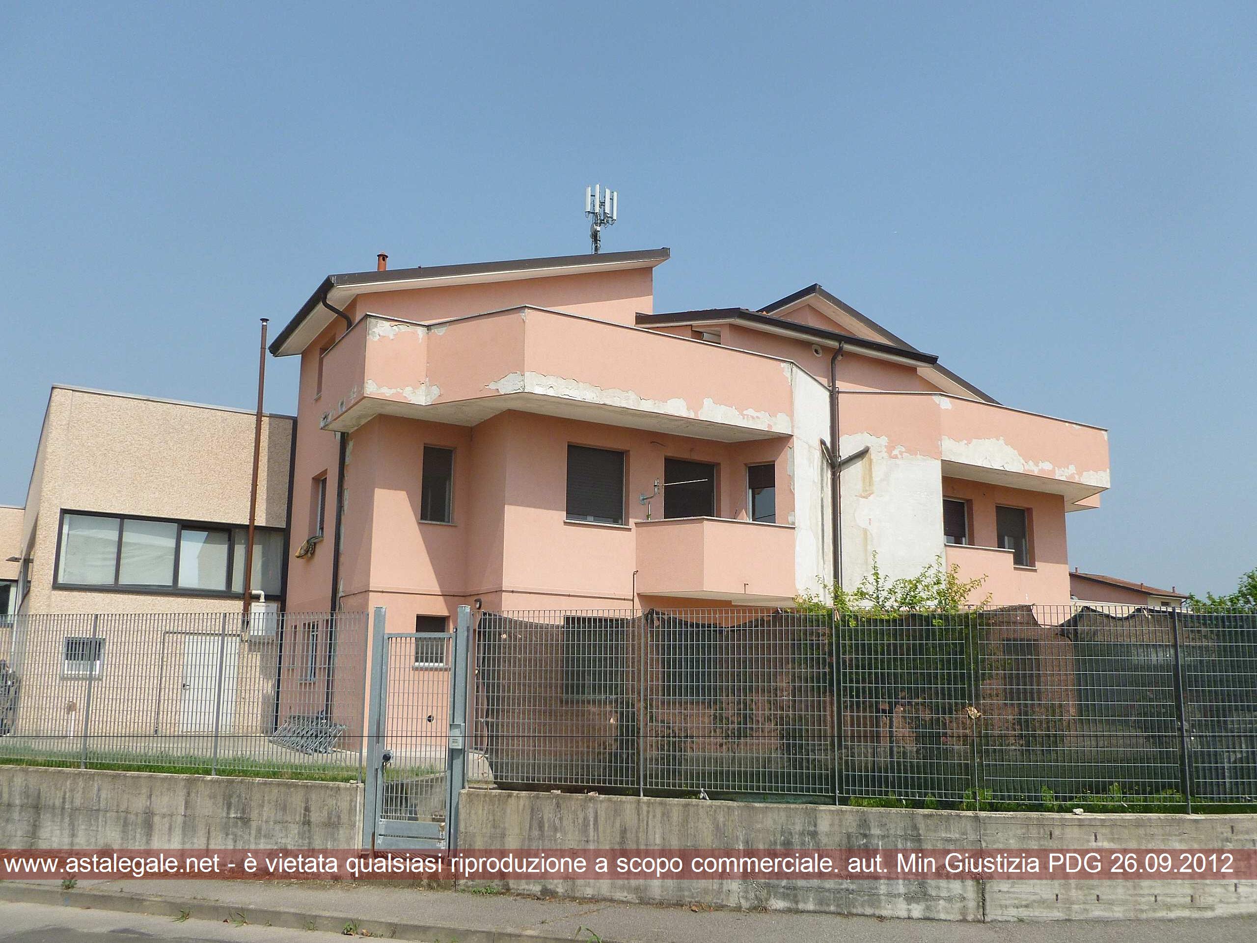 Lodi Vecchio (LO) Via Puglia