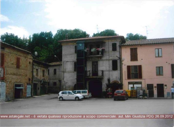 Marsciano (PG) Localita' Papiano, Piazza della Vittoria n.8